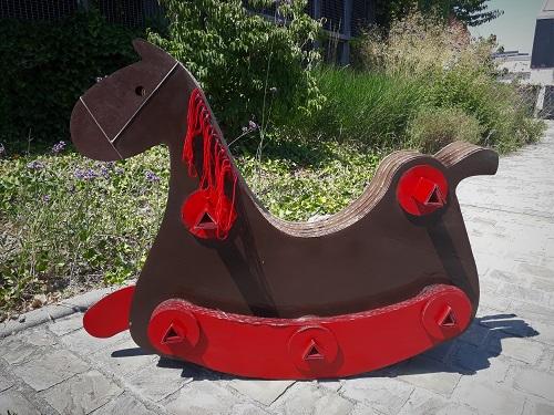 hercule_cheval_a_bascule_diapo_1